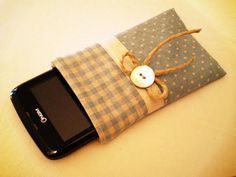 Cell-phone case - Le idee di Chiara - Tutorial