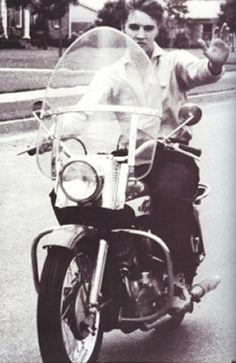 Elvis Presley/Vintage Harley Davidson obsession (ELVIS=HUSBAND...jk. Lol Christ is my one true love