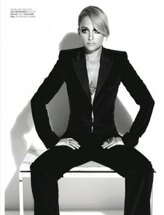 Nicole Richie in men suit