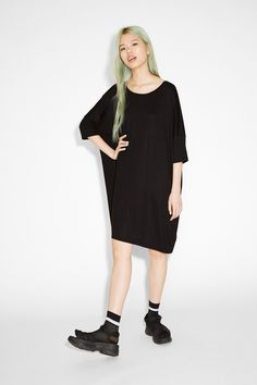 Monki Image 1 of Oversized jersey dress in Black