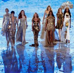 Team Supermodel - Kate Moss, Naomi Campbell, Karen Elson,Lily Donaldson, Stella Tennant, Georgia May Jagger, Lily Cole, Jourdan Dunn