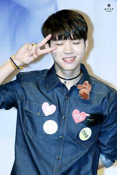 160520 #Woohyun Yongsan Synnara Fansign♡ #Write.. #NamWooHyun #Infinite