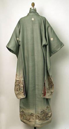 Kimono (image 2) | Japan | 19th century | silk | Metropolitan Museum of Art | Accession Number: C.I.41.110.70