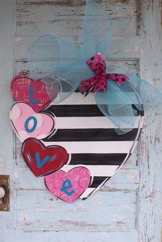 Valentine's Day Door Hanger, Valentine's Day, Heart Door Hanger, Valentine's Day Wreath, Love Door Hanger
