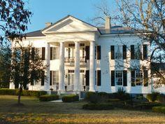 10 Alabama Plantation Homes