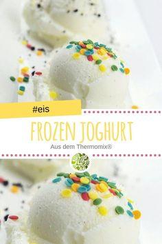 Frozen Joghurt mit dem Thermomix® Frozen yogurt, the healthy relative of ice cream. Frozen Yogurt Bark with BIce cold Frozen Yogurt RPeach yogurt ice cream Desserts Thermomix, Healthy Dessert Recipes, Health Desserts, Fruit Recipes, Easy Desserts, Dessert Simple, Dessert Blog, Desserts Sains, Frozen Yoghurt