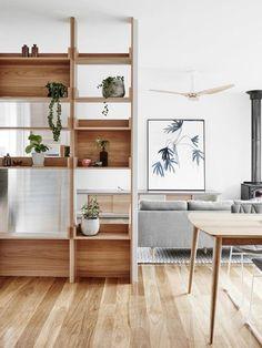 Estanterías abiertas para separar ambientes y almacenar objetos. Muebles de almacenaje. #almacenaje #trucosdelhogar