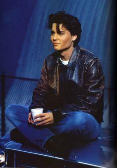 Johnny Depp as Tom Hanson in 21 Jumpstreet