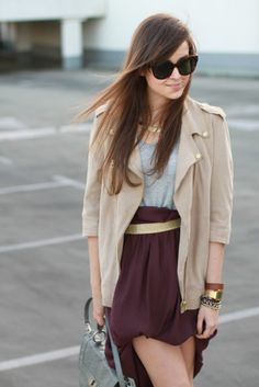 Reasons why you should own a tan trench coat: It looks fab with burgundy.