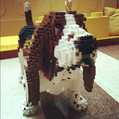 This Lego Basset Hound even has droopy eyes! Legos, Lego Dog, Lego Animals, Crazy Animals, Basset Hound Dog, Basset Puppies, Hush Puppies, Beagles, Lego Sculptures