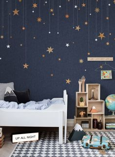 Tapete Stargazing von Rebel Walls #kinderzimmer