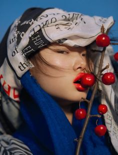 Madame Butterfly Publication: Numéro #190 February 2018 Model: Yoon Young Bae Photographer: Txema Yeste Fashion Editor: Bernat Buscato Hair: Victor Alvarez Make Up: Victor Alvarez PART I