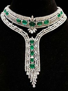 Diamond Necklace Shine on, you crazy diamonds! Emerald and diamond necklace. Looks like something… Emerald Jewelry, Gems Jewelry, Diamond Jewelry, Fine Jewelry, Jewlery, Antique Jewelry, Vintage Jewelry, Diamond Pendant Necklace, Diamond Choker