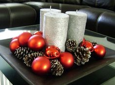 christmas centerpieces with silver trays Cheap Christmas, Christmas Home, Christmas Holidays, Christmas Crafts, Christmas Ornaments, Christmas Balls, Simple Christmas, Pink Christmas Decorations, Christmas Candles