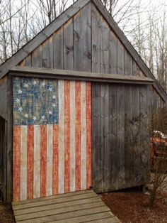 Dress up your Outdoor Shed - How to make your shed more than just functional. Colonial Flag door on shed made by my Father in law. I& thinking this could be easily personalized to whatever your own personal interests are. Country Barns, Old Barns, Finding A New Hobby, Shed Doors, Barn Doors, Barn Art, I Love America, Home Of The Brave, Land Of The Free