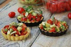 Eats_TomatoAvocadoTarts