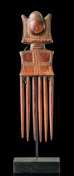 Africa | Comb from the Fante people of Ghana | Wood