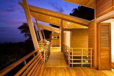 Casa Flotanta by Studio Saxe 08 - MyHouseIdea