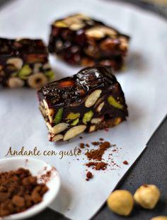 Trancetti di frutta secca al cacao