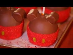 Walt Disney Parks ~ How To Make Mickey Candy Apples!