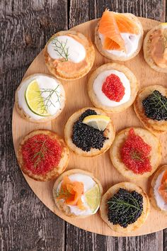These homemade Blinis are very easy to make, and absolutely delicious topped with Goats Cheese. For best results, serve with Cranberry Sauce. Buffets, Xmas Starters, Hors D'oeuvres, Cooking Classes, Tapas, Brunch, Food And Drink, Appetizers, Yummy Food