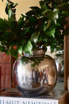 RM Classic Vase M - Vazen - Accessoires & Decoratie - Accessoires - Collectie Decor, Home, House Styles, Riviera Maison, Vase, Glass Vase, Inspiration, Decorative Jars