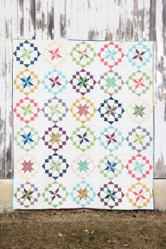 V and Co: designer Mystery quilt with the fat quarter shop