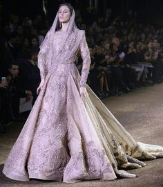 Bridal fashion from Elie Saab Indian Princess, Dress Outfits, Fashion Outfits, Elie Saab Couture, Couture Week, Indian Outfits, Indian Clothes, Bridal Style, Beautiful Outfits