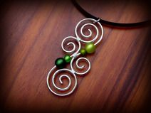 Kette ♥ Luminate ♥ Silber Spirale aus Draht Grün