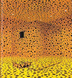"""""""Si no fuera por el arte, yo ya me hubiera suicidado""""; dijo Yayoi Kusama alguna ves en una entrevista. Actualemte vive en un hospital psiquiatrico de Tokio en su pais natal; al cual in…"""