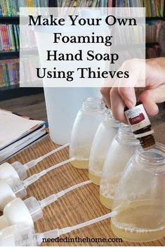 Young Living 514677063665819879 - Do you want to learn how to make your own foaming hand soap using Thieves® essential oil blend? Let's get started right now! Thieves Essential Oil, Essential Oils Cleaning, Essential Oil Uses, Young Living Essential Oils, Essential Oil Diffuser, Essential Oil Recipies, Essential Oil Cleaner, Young Living Thieves, Diy Peeling