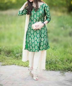 Buy lastest womens kurta and shalwar kameez in Pakistan at Oshi. Book Online affordable womens kurta and shalwar kameez in Karachi, Lahore, Islamabad, Peshawar and All across Pakistan. Indian Suits, Indian Attire, Indian Dresses, Indian Wear, Punjabi Suits, Simple Dresses, Casual Dresses, Desi Wear, Zara