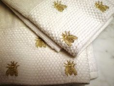 Bee and honeycomb hand towels