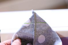 Sewing Quick Tip: How to Sew Box Corners - Crazy Little Projects