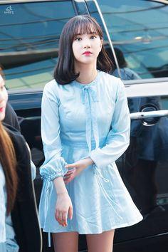 Kpop Fashion, Korean Fashion, Airport Fashion, Kpop Mode, Jung Eun Bi, Beautiful Asian Women, Korean Model, Japanese Girl, South Korean Girls