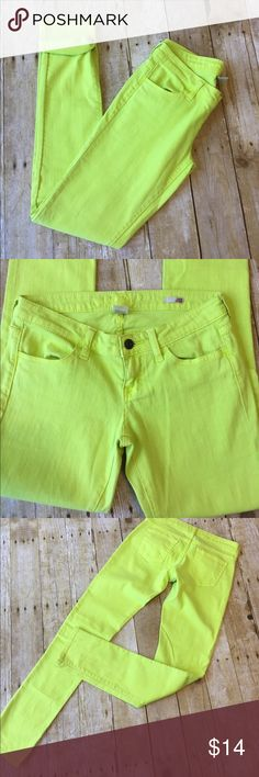 "AZ Jeans Super Skinny Neon Yellow Jean Junior's 31"" inseam. Low rise 7"". Machine wash cotton/spandex blend jeans. Super skinny neon yellow jean. Smoke free home great condition. Arizona Jean Company Jeans Skinny"