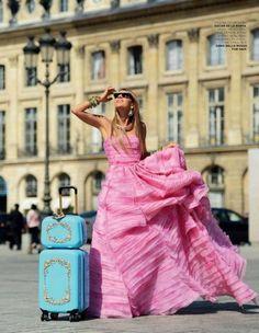 parischiccouture:    Oscar de la Renta Pink Gown
