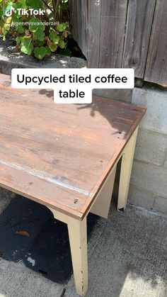 Diy Furniture Table, Upcycled Furniture, Furniture Projects, Furniture Makeover, Diy Furniture Videos, Diy Projects, Upcycled Home Decor, Diy Home Decor, Upcycle Home