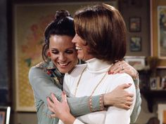 mary tyler moore | Mary Tyler Moore and Valerie Harper on the set of 'Rhoda' - initial TX ...