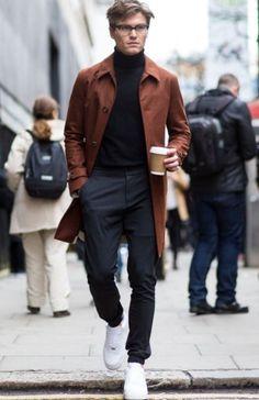 urban minimalist // menswear, mens style, fashion, sneakers, coat, jacket, glasses, street style, joggers