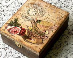 Wooden decoupage box Lavender keepsake box por CarmenHandCrafts