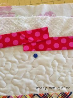 crazy mom quilts: a binding tutorial/joining mitered ends