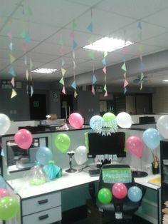 Decoración de oficina por cumpleaños