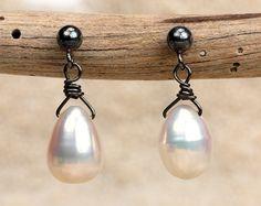 Roxy - Metallic Pearls, Rustic Style