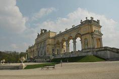 Château de Schönbrunn : Gloriette en fond de parc belle vue sur le chateau
