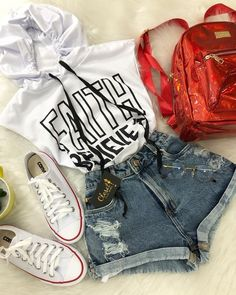 I loved it . Teenage Girl Outfits, Cute Girl Outfits, Teenager Outfits, Teen Fashion Outfits, Edgy Outfits, Cute Summer Outfits, Cute Casual Outfits, Outfits For Teens, Simple Outfits