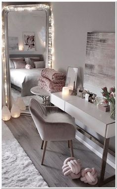 Room Decor - How do you make a VSCO room Glam Look, Room Decor, Wall Decor, Girly, Wood Furniture, Vsco, Modern, The Incredibles, Interior Design