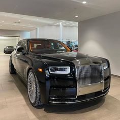 Rolls Royce Models, Rolls Royce Cars, Voiture Rolls Royce, Mercedes Car, Mercedes Maybach, Rolls Royce Cullinan, Lux Cars, Rolls Royce Phantom, Best Luxury Cars
