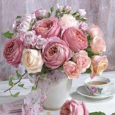 New Flowers Roses Bouquet Floral Arrangements Ideas Beautiful Flower Arrangements, Pretty Flowers, Fresh Flowers, Pink Flowers, Floral Arrangements, Purple Roses, Pink Purple, Exotic Flowers, Flowers Vase
