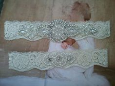 SALE Wedding Garter Set-Pearl and by LucyBridalBoutique on Etsy